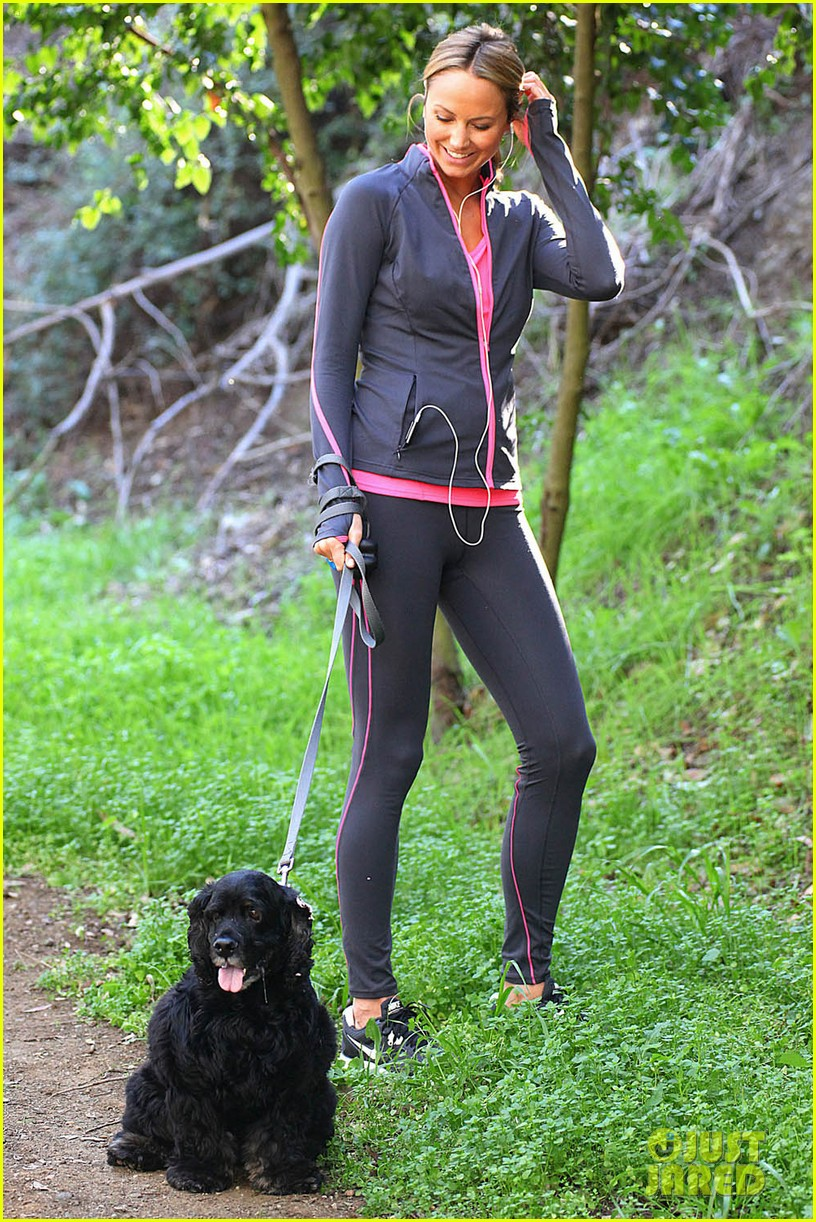 stacy keibler george clooney dog 04