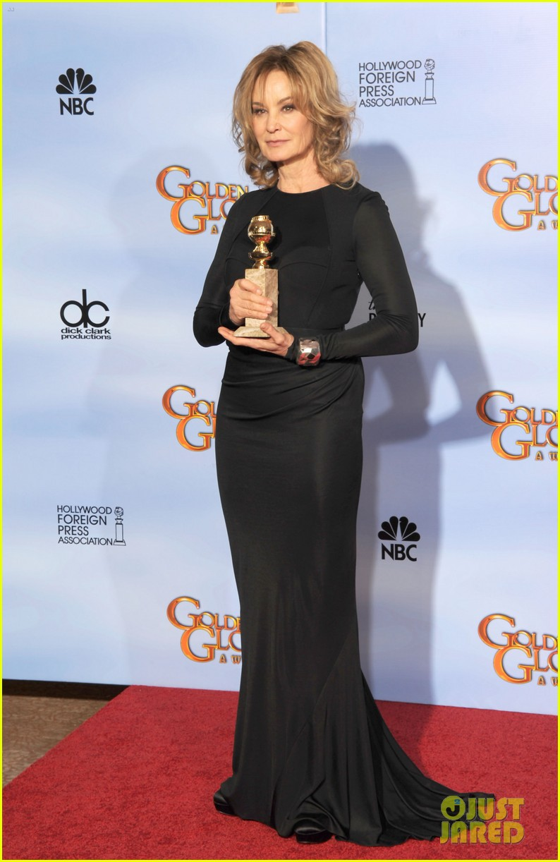 jessica lange connie britton golden globes 2012 red carpet 012618694