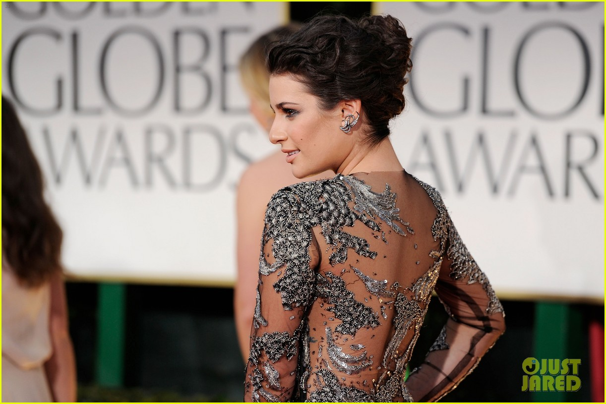lea michele golden globes 2012 04