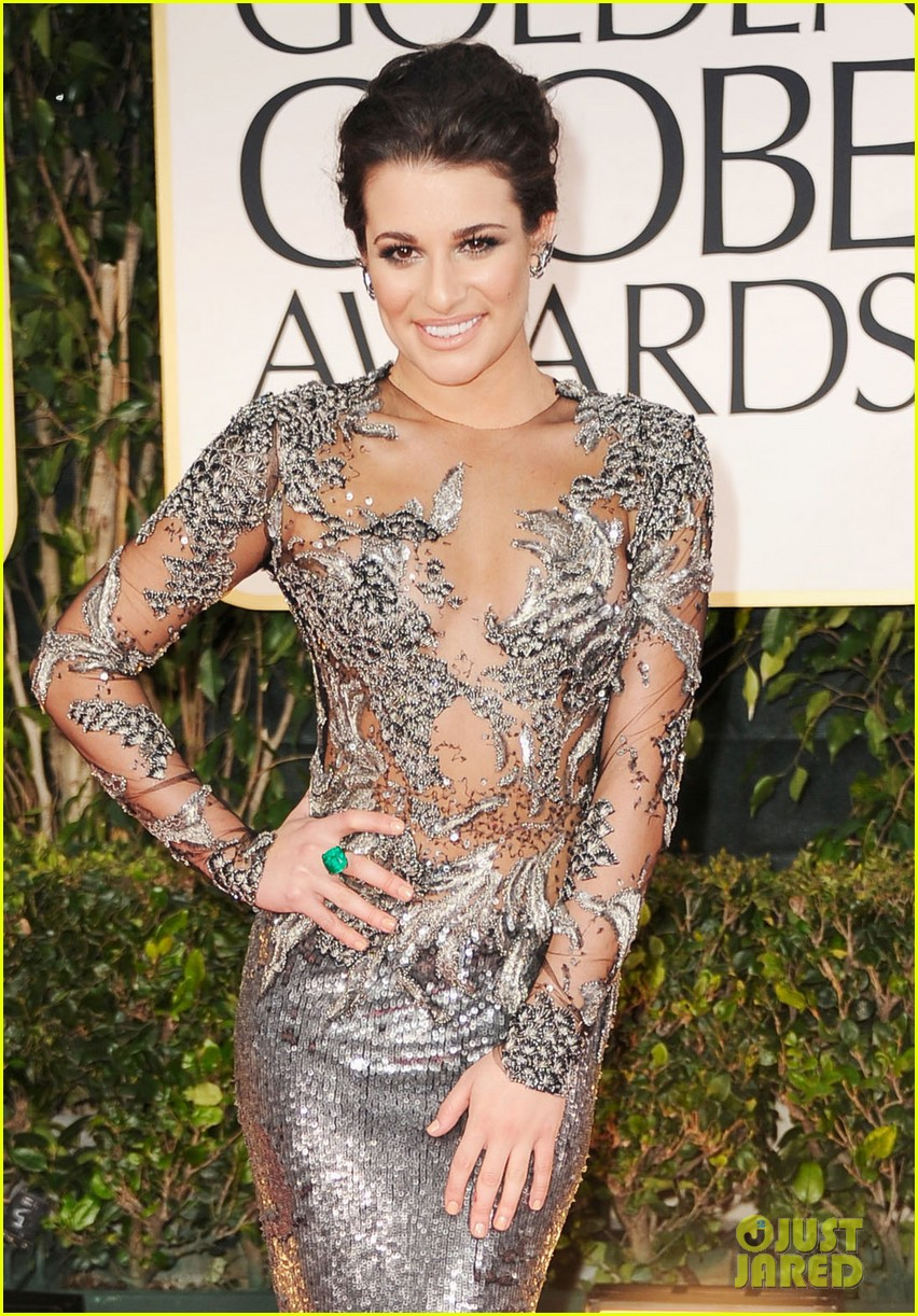 lea michele golden globes 2012 052618559