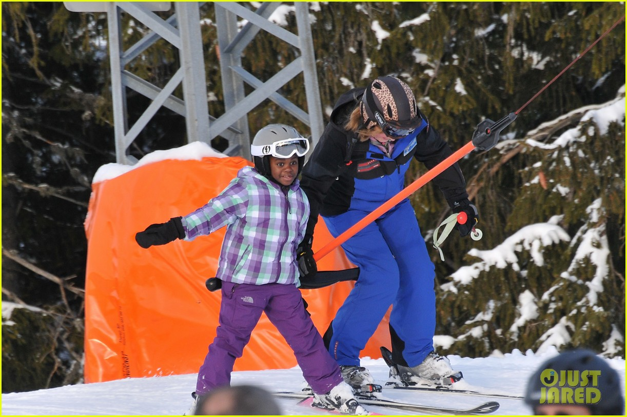 madonna kids skiing switzerland 042614475