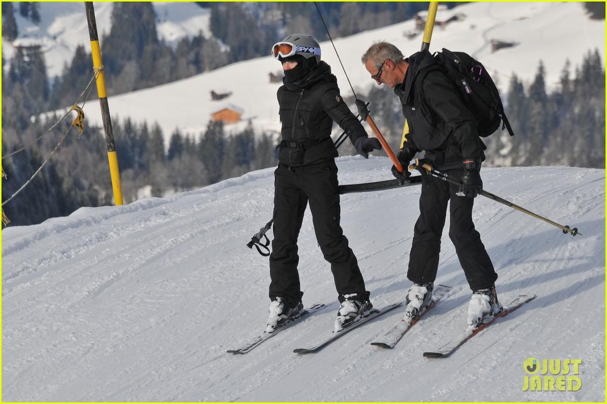 madonna kids skiing switzerland 08