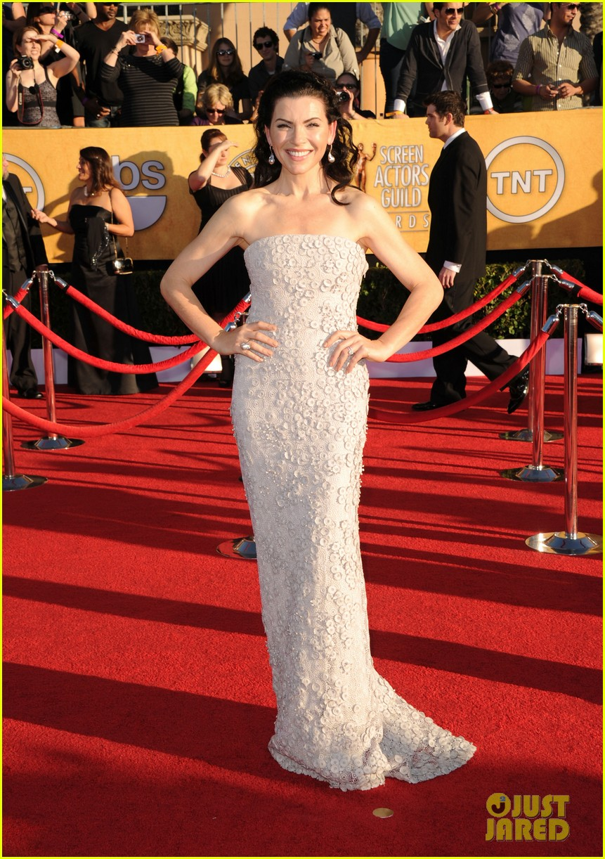 julianna margulies sag awards 2012 012623386