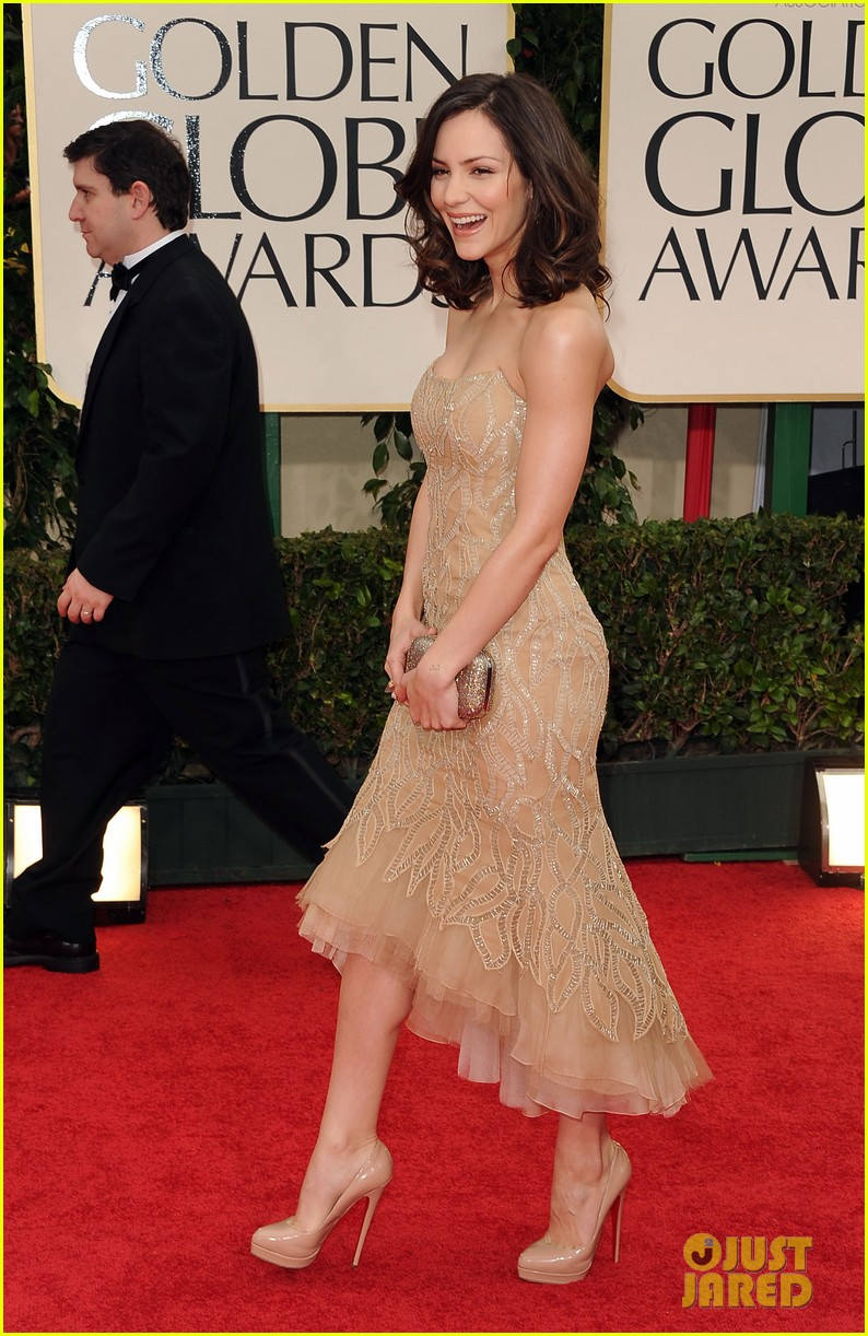 katharine mcphee 2012 golden globes red carpet 01
