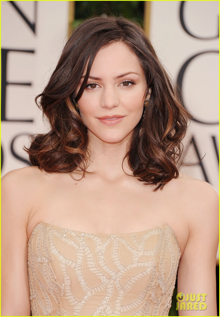 katharine mcphee 2012 golden globes red carpet 02