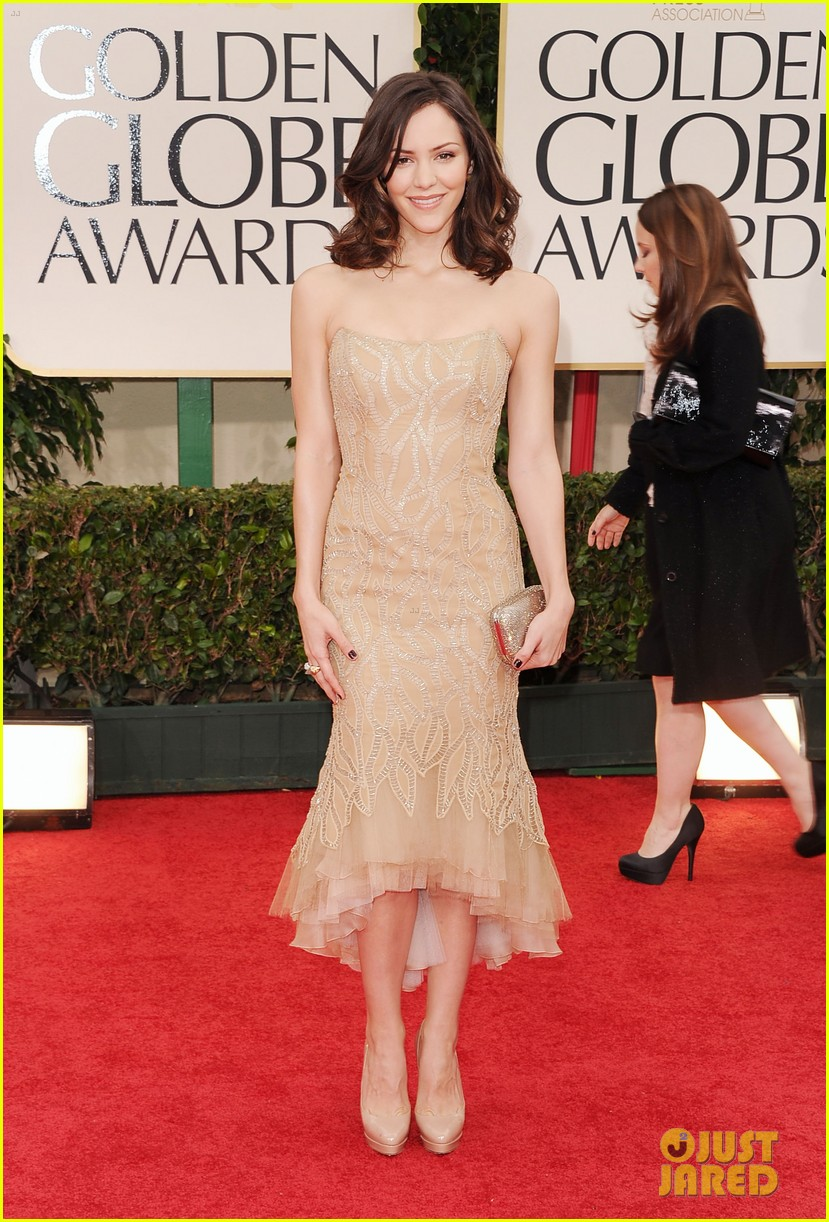 katharine mcphee 2012 golden globes red carpet 06