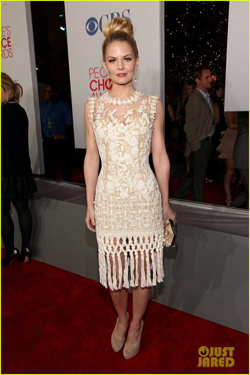 jennifer morrison ginnifer goodwin peoples choice awards 14