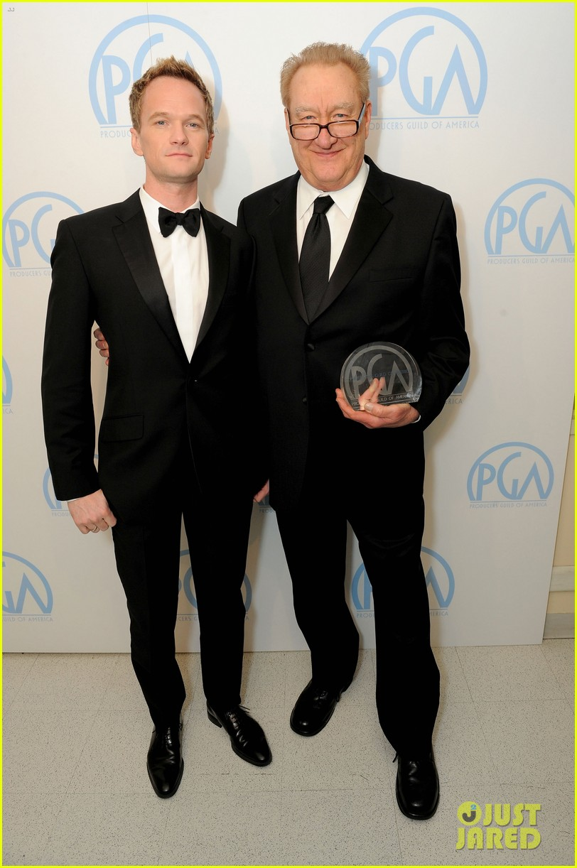 neil patrick harris zachary quinto producers guild awards 04