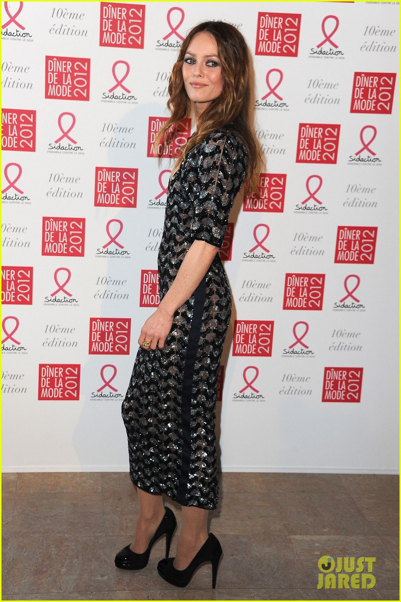 vanessa paradis sidaction dinner 042622467