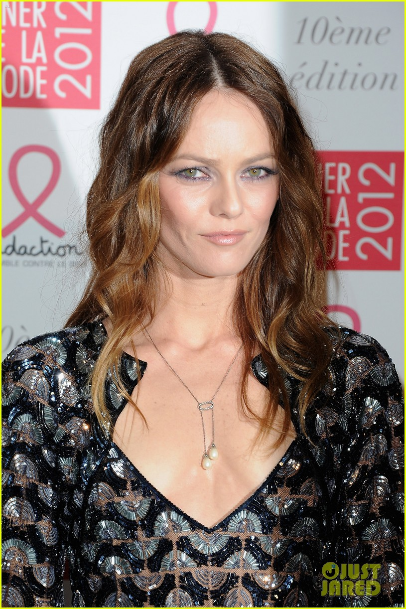 vanessa paradis sidaction dinner 05