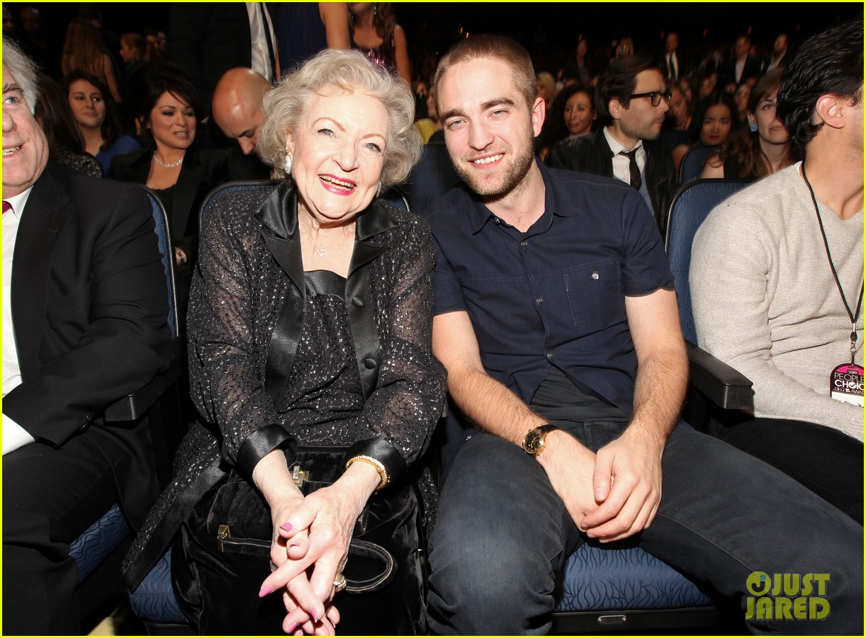 robert pattinson pcas 01