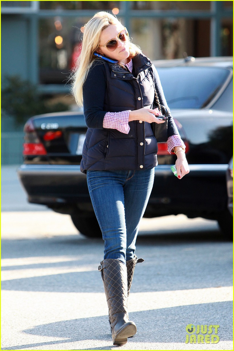 reese witherspoon phone call 052619370