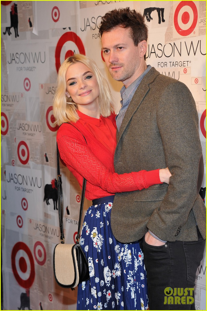 emmy rossum jaime king target launch 03