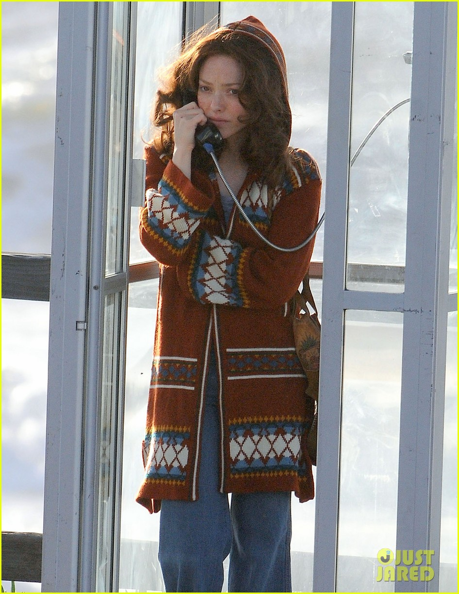 amanda seyfried films in phone booth 022620920