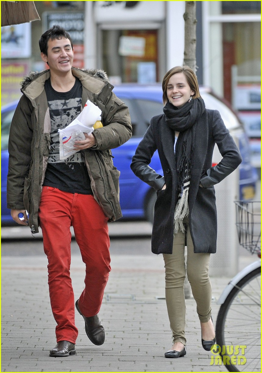 emma watson new boyfriend out 03