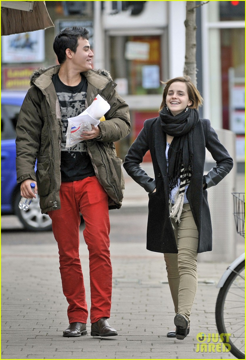 emma watson new boyfriend out 042615883