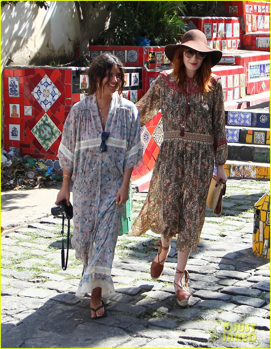 florence welch hits the beach with new boyfriend 372620145