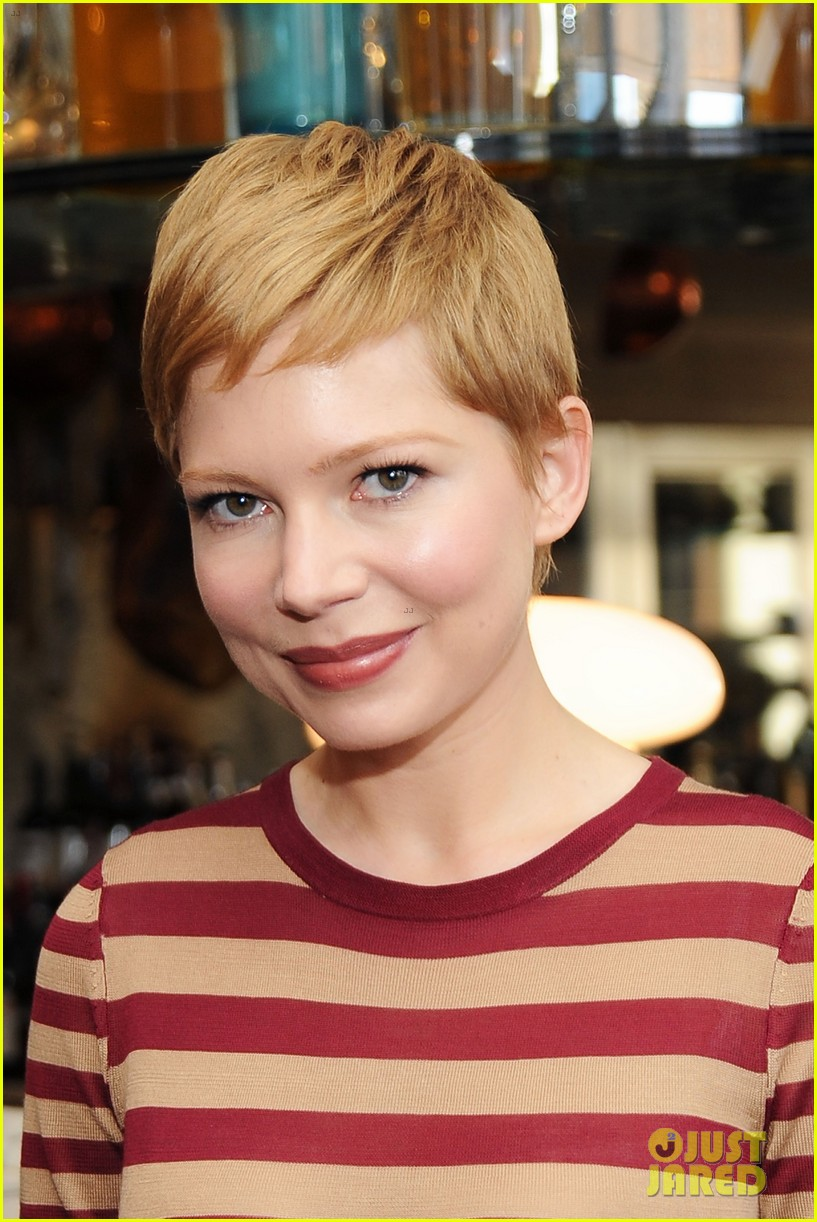 michelle williams instyles a promise of beauty and brilliance party 102616340