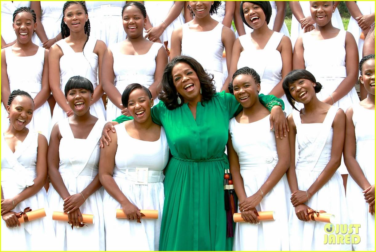 oprah winfrey leadership academy graduation 012617555