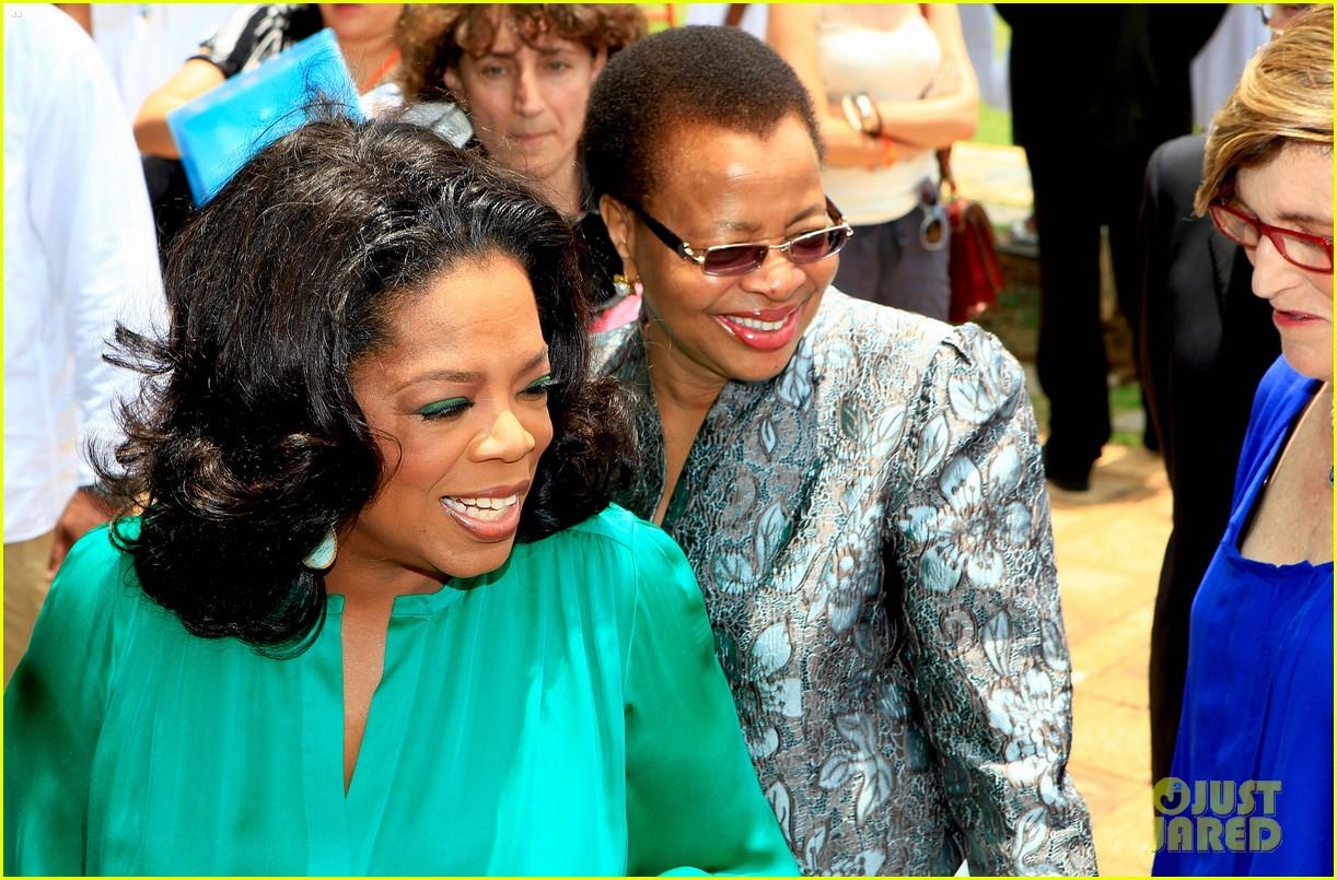 oprah winfrey leadership academy graduation 092617563