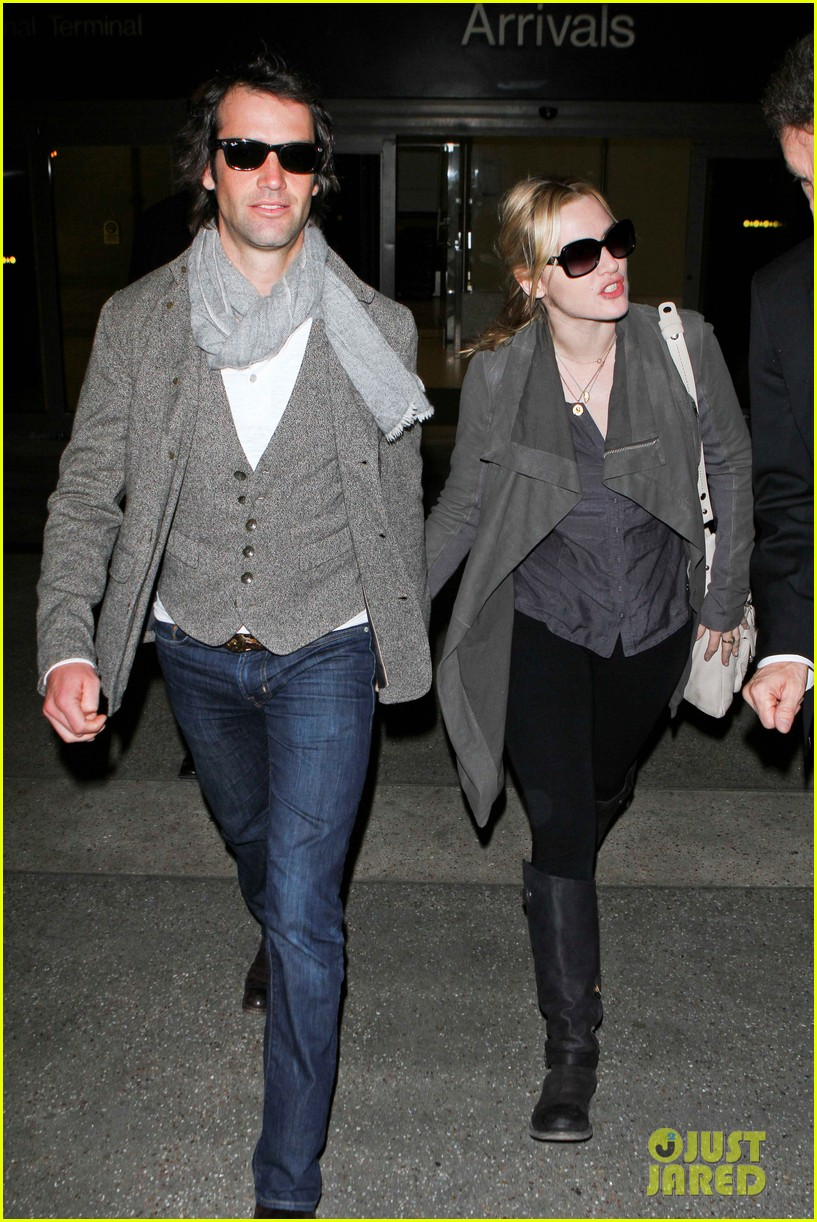kate winslet ned rocknroll hold hands lax 092617578