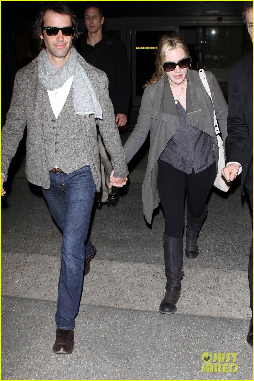 kate winslet ned rocknroll hold hands lax 102617579