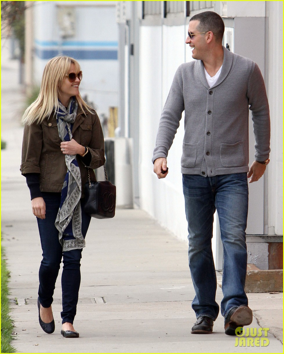 reese witherspoon jim toth sunday church 05