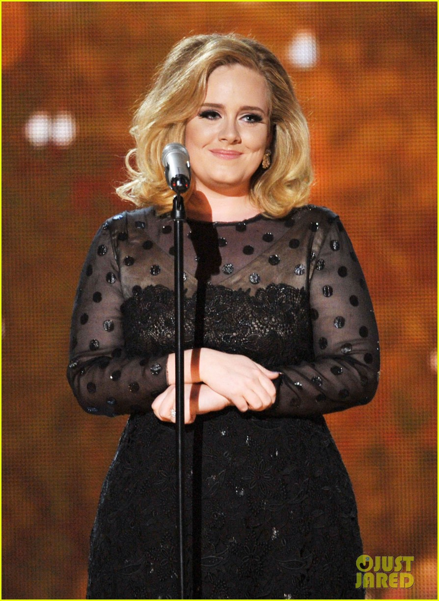adele grammys performance 022628429