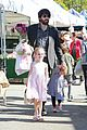 ben affleck daughters farmers market 16