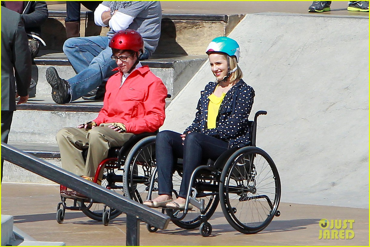 dianna agron kevin mchale wheelchairs glee 032631625
