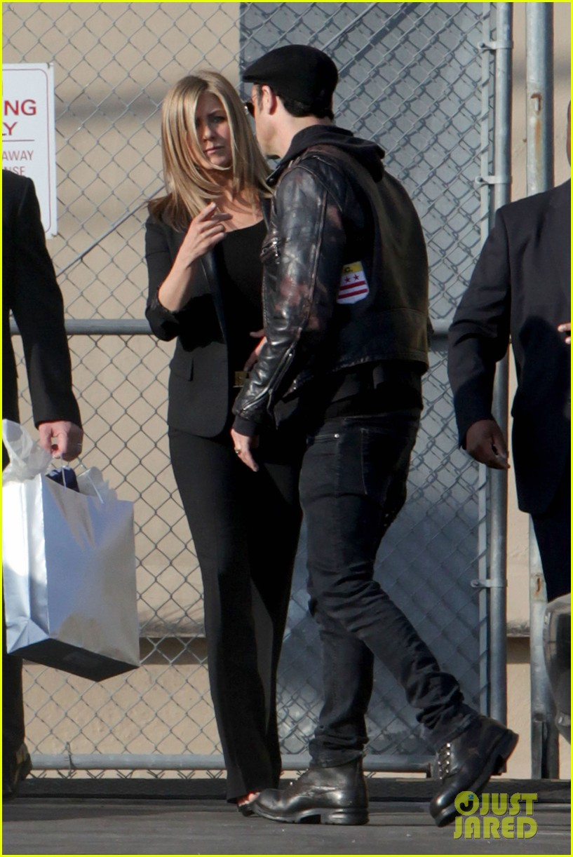 jennifer aniston kimmel justin theroux 12
