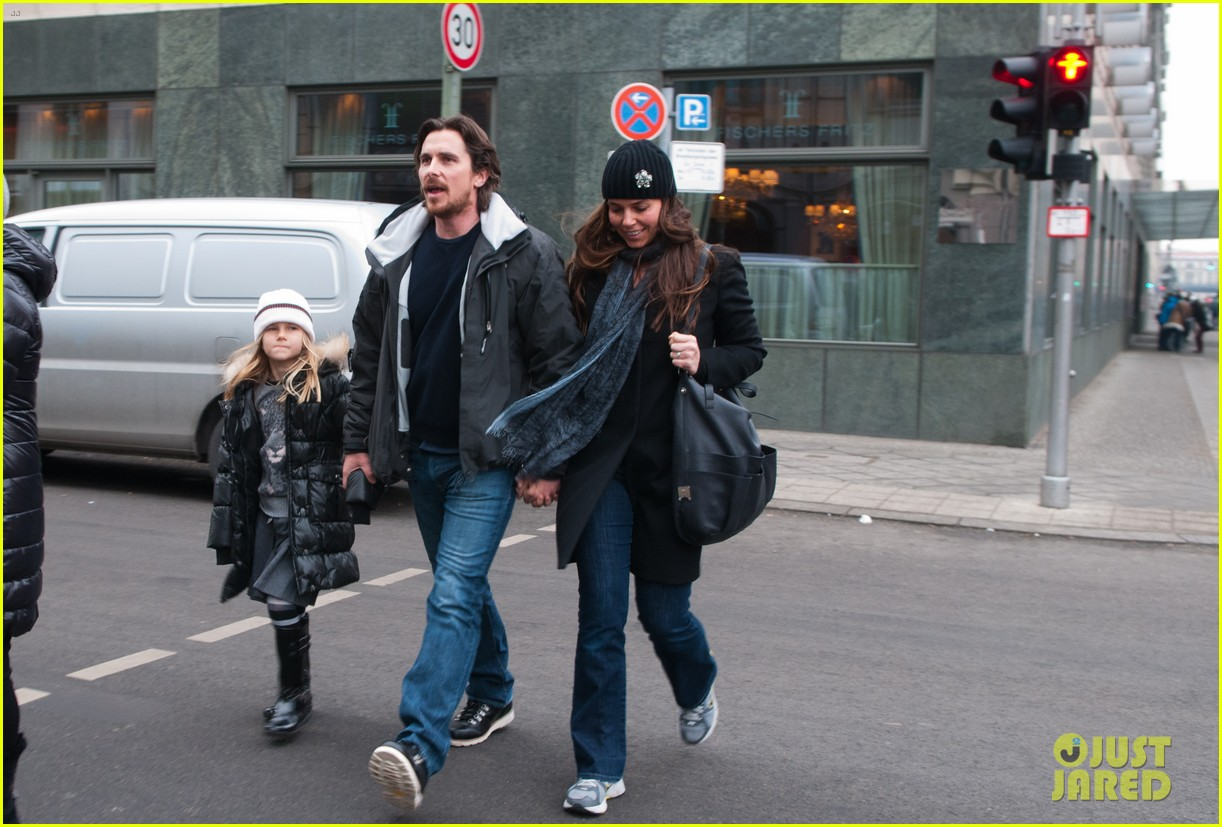 christian bale family berlin bunch photo 2629570 celebrity babies christian bale sibi. Black Bedroom Furniture Sets. Home Design Ideas