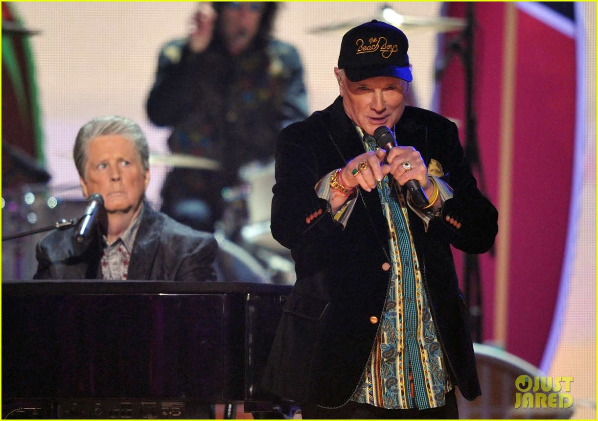 beach boys tribute grammys 13