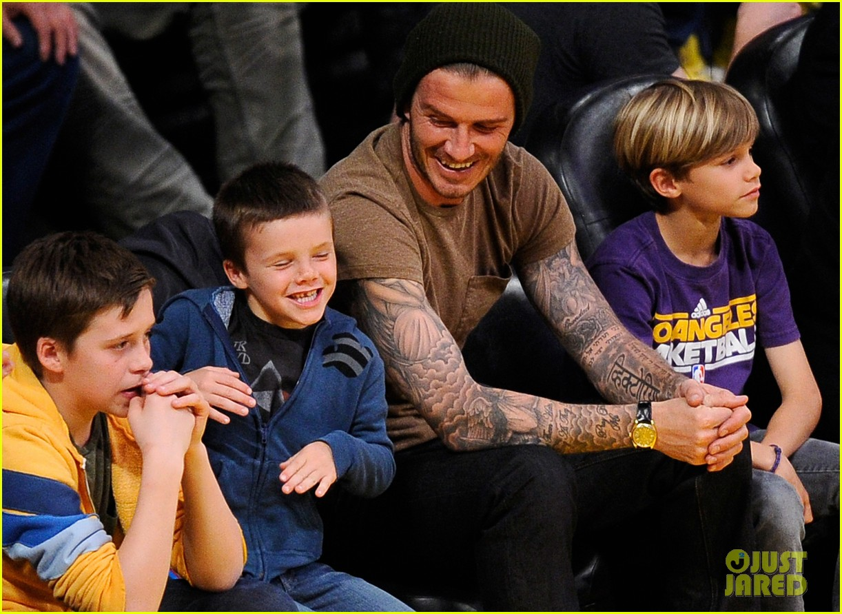 david beckham lakers game with the boys 06
