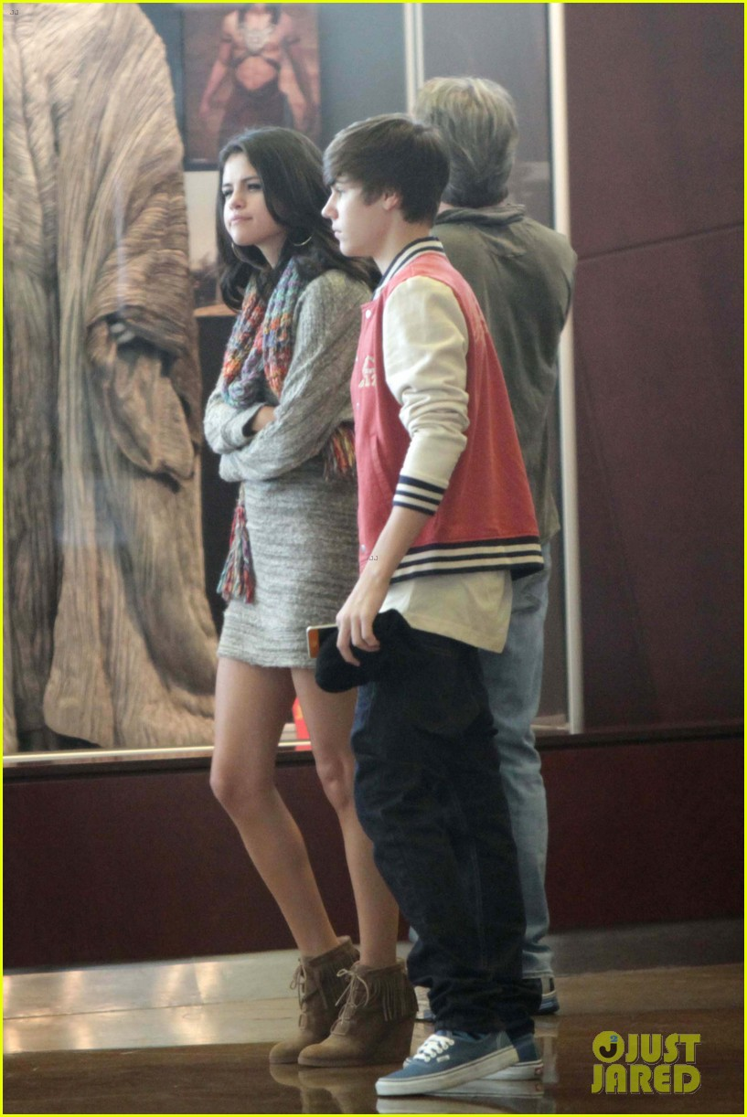 justin bieber selena gomez saturday night date 052633031
