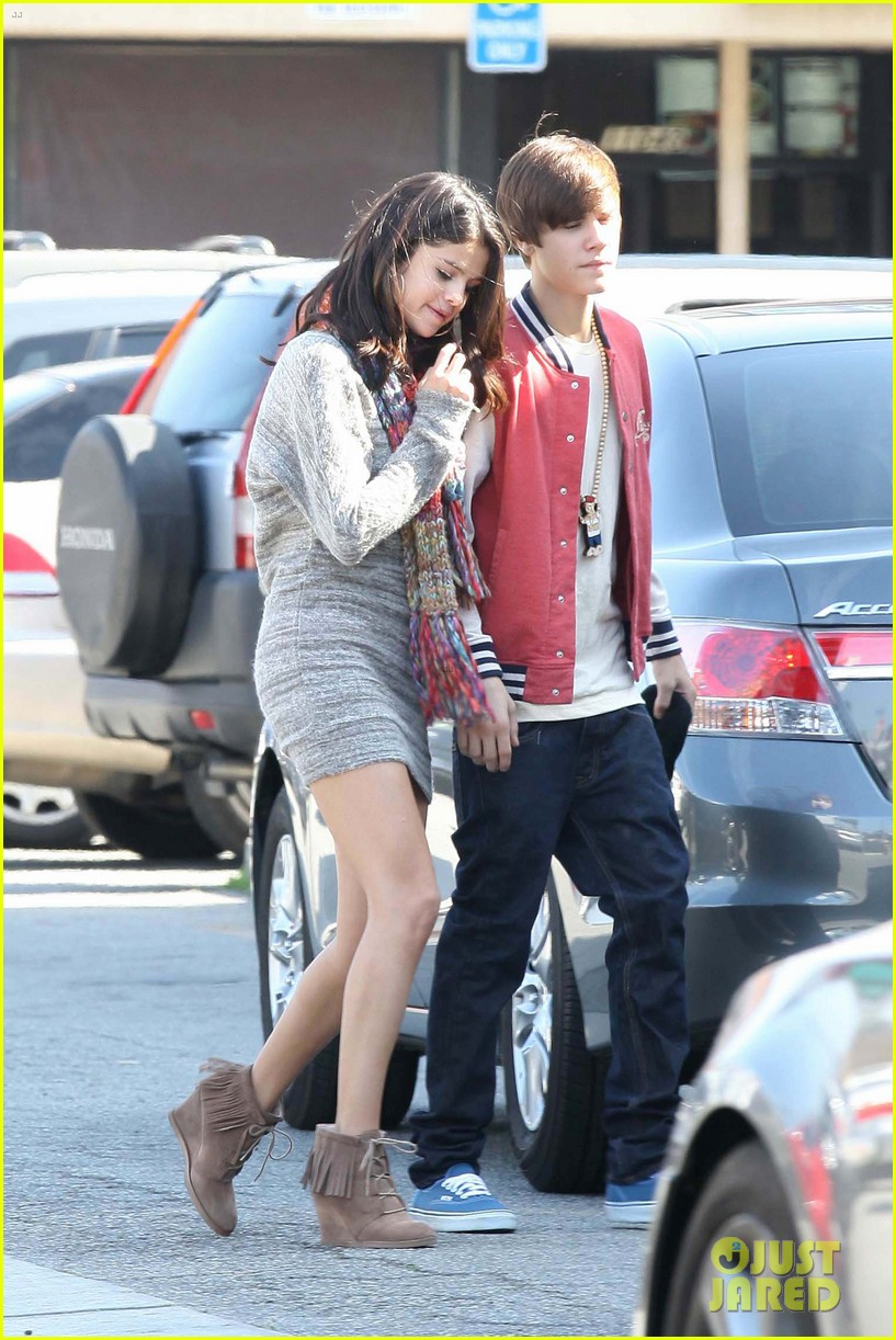 Selena Gomez And Justin Bieber Dating Since