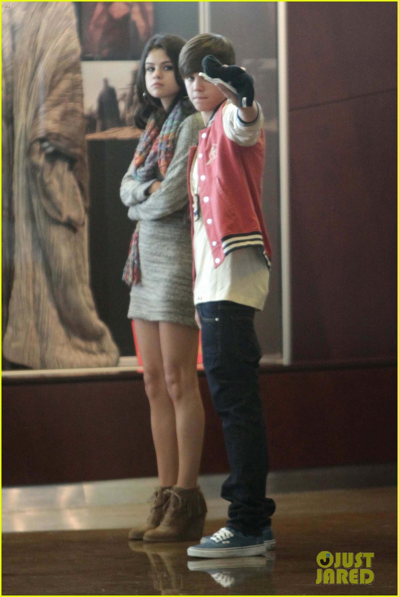 justin bieber selena gomez saturday night date 122633038