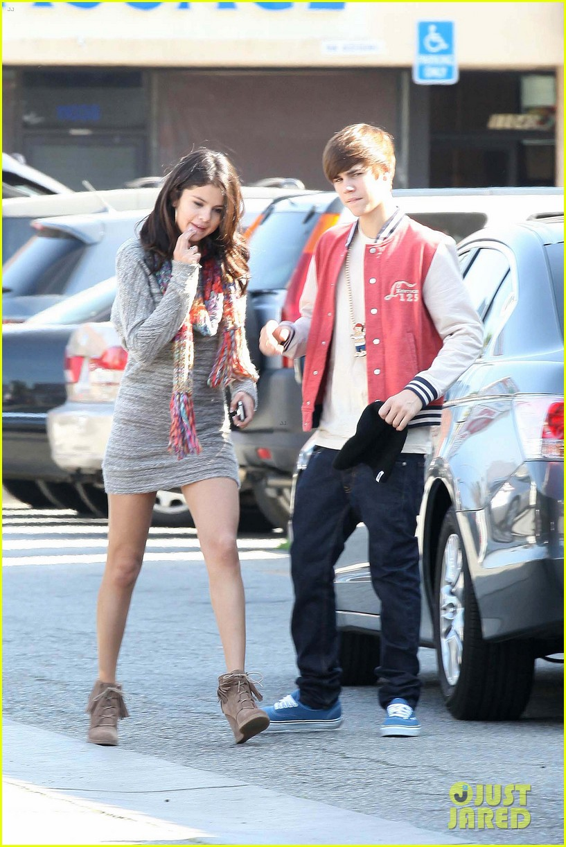 justin bieber selena gomez saturday night date 182633044