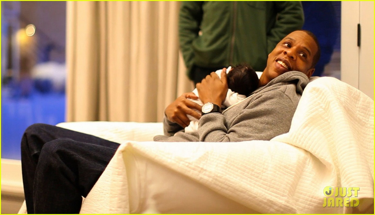 blue ivy carter first pictures 012627375