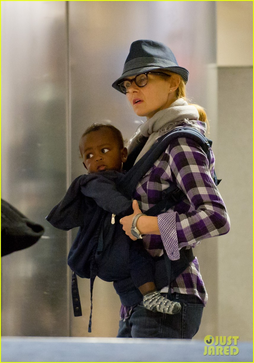 connie britton lax baby eyob 032630819