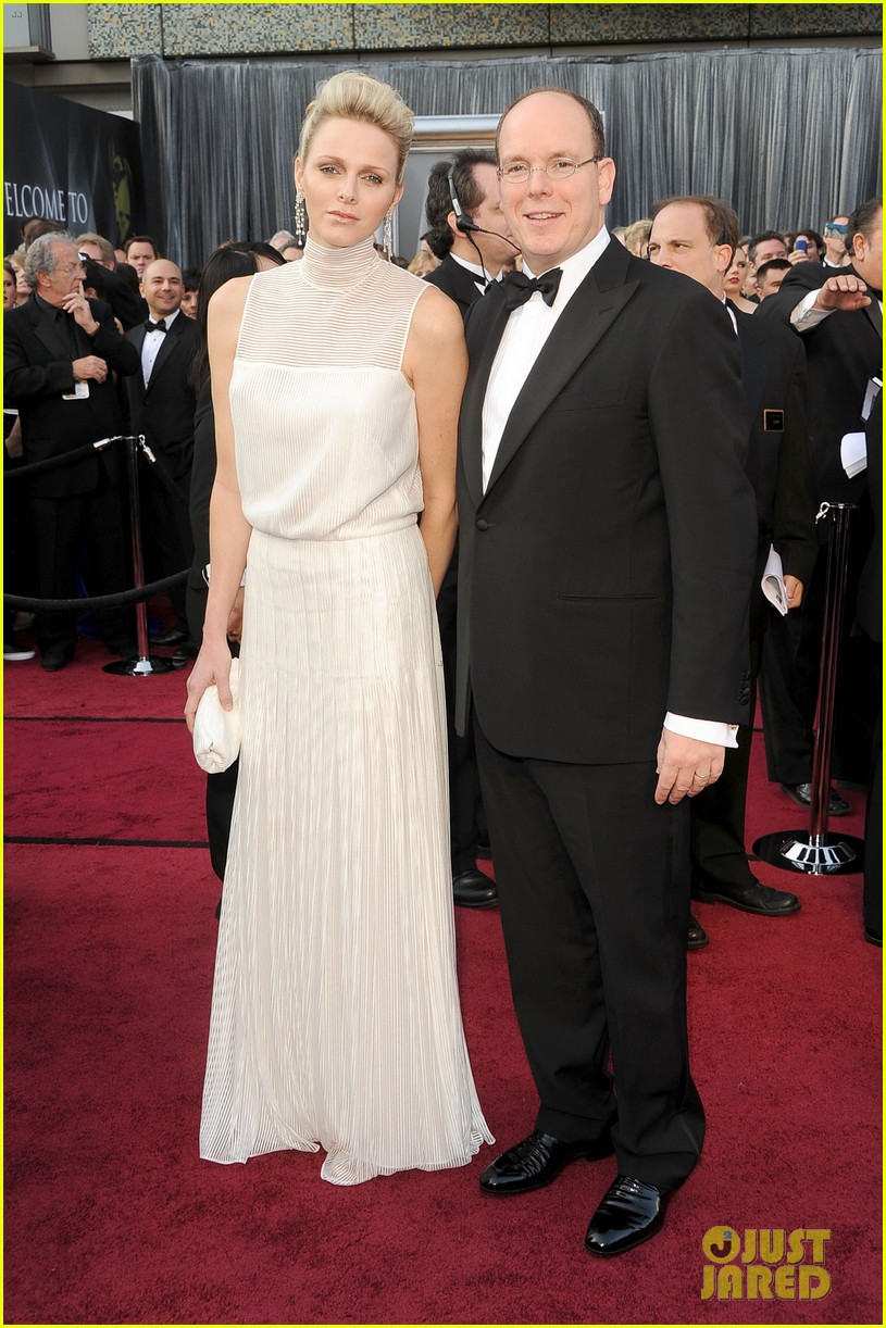 princess charlene prince albert oscars 2012 red carpet 01