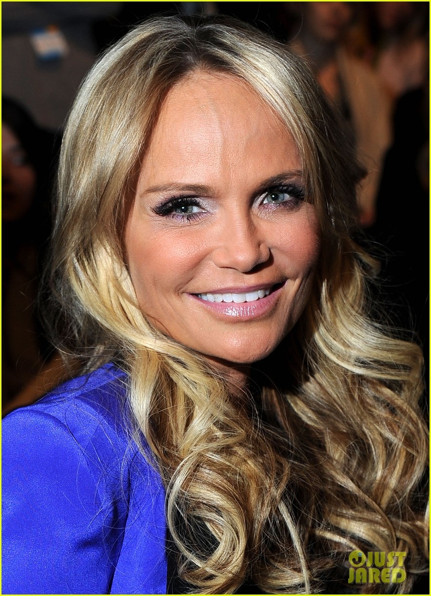 kristin chenoweth nikki reed fashion week 022627450