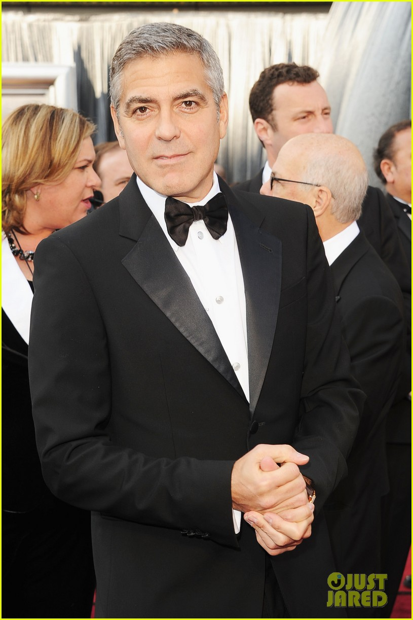george clooney stacy keibler oscars 2012 012633425