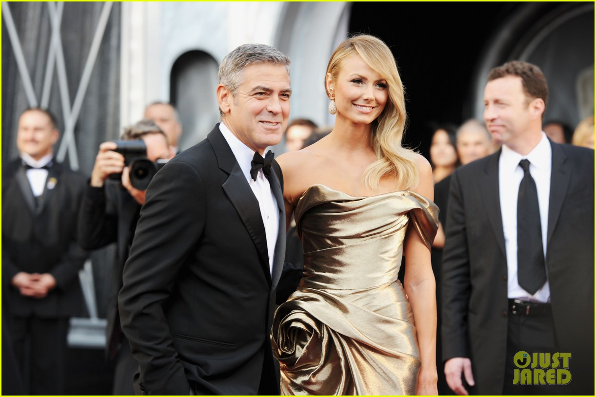 george clooney stacy keibler oscars 2012 042633428
