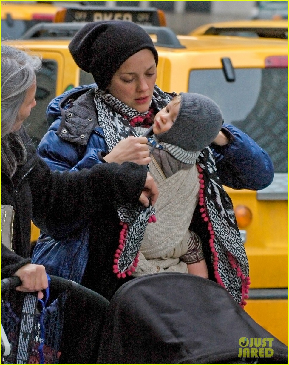 marion cotillard marcel nyc 14th street 03