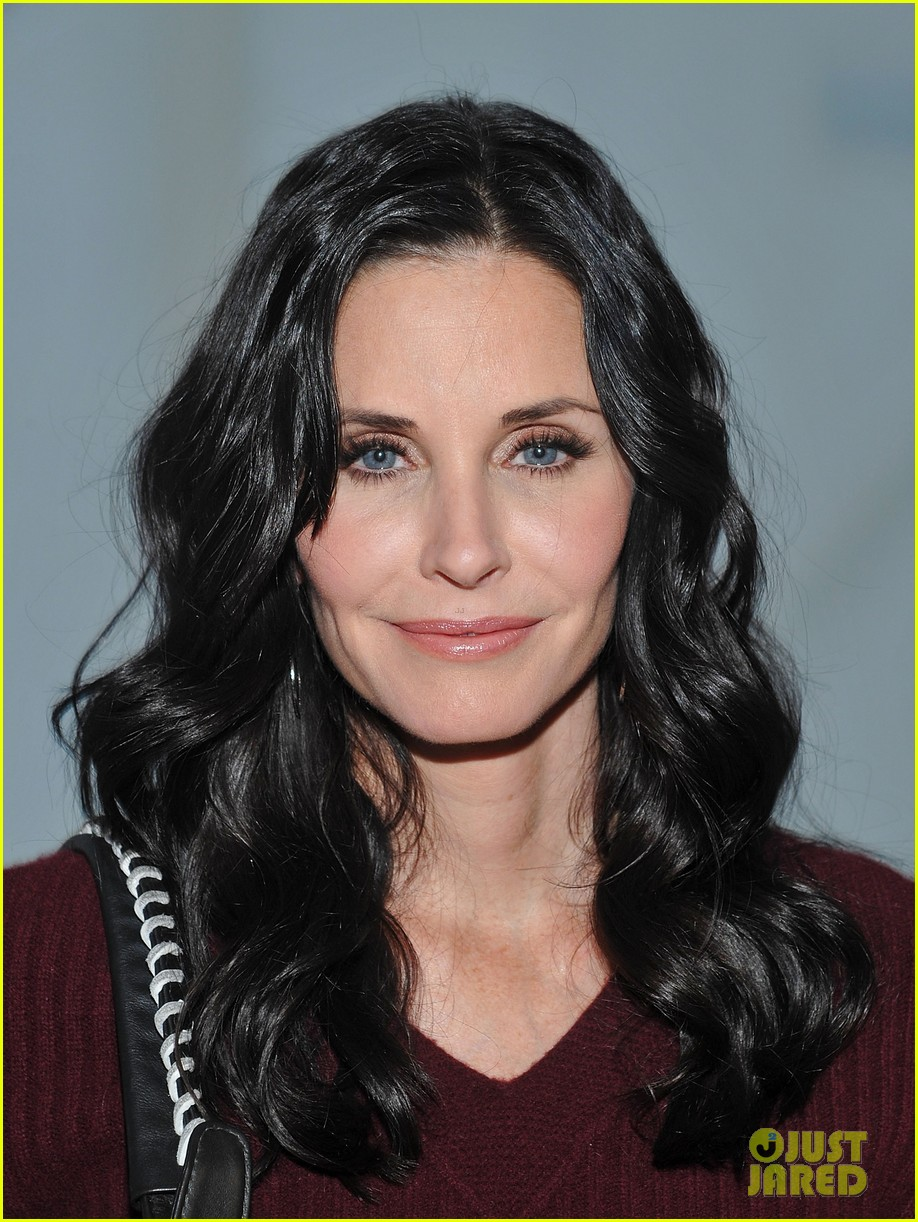 courteney cox fashion week nyc 012628806