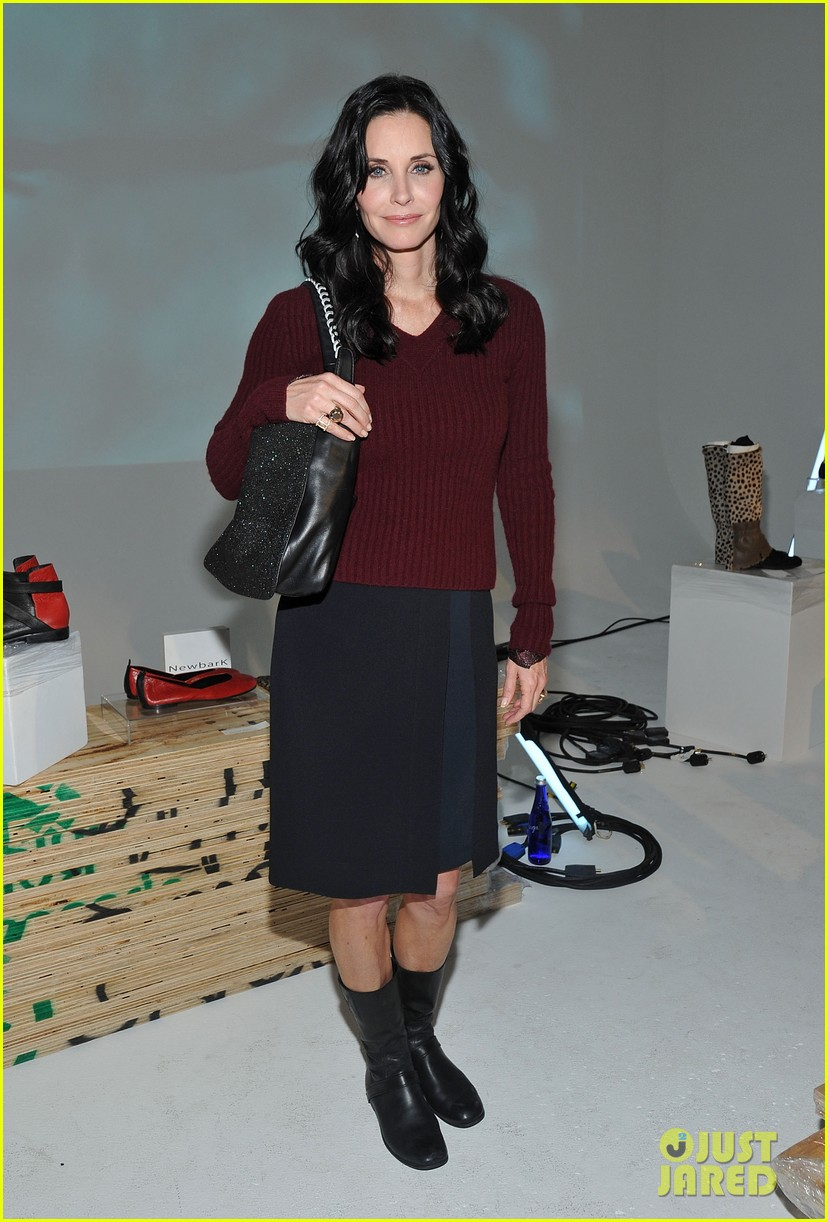 courteney cox fashion week nyc 032628808