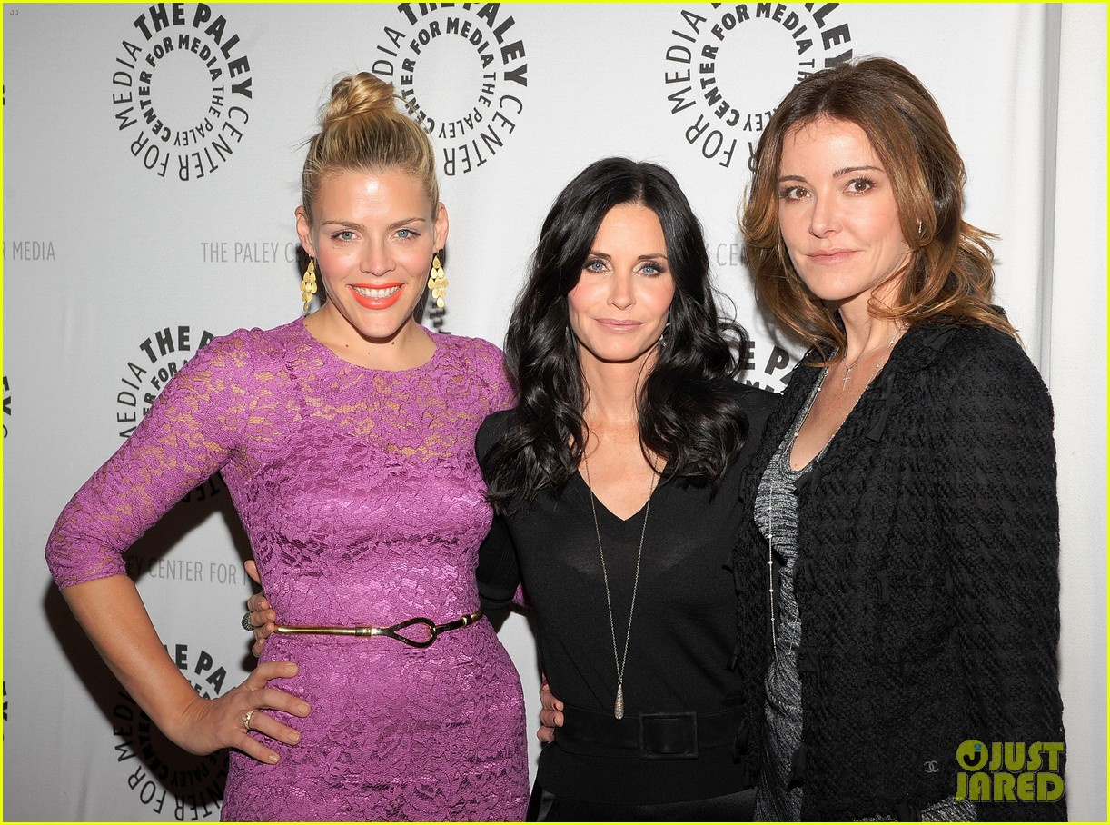 courteney cox cougar town viewing party 102627833
