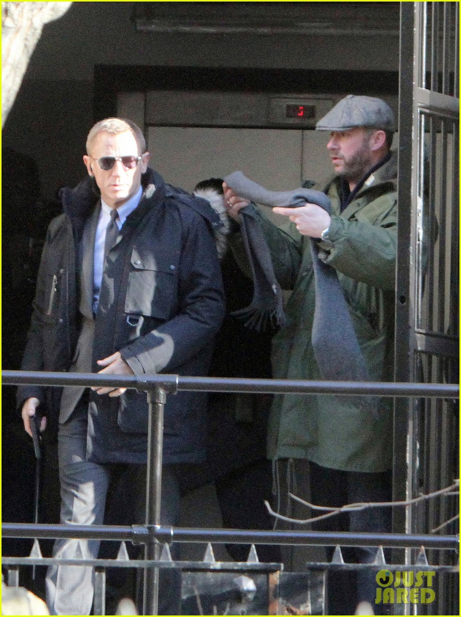 daniel craig more skyfall scenes 08