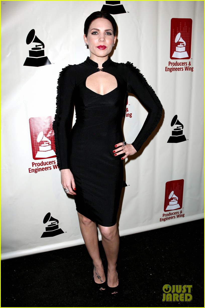 lana del rey grammy awards p e wing event 06